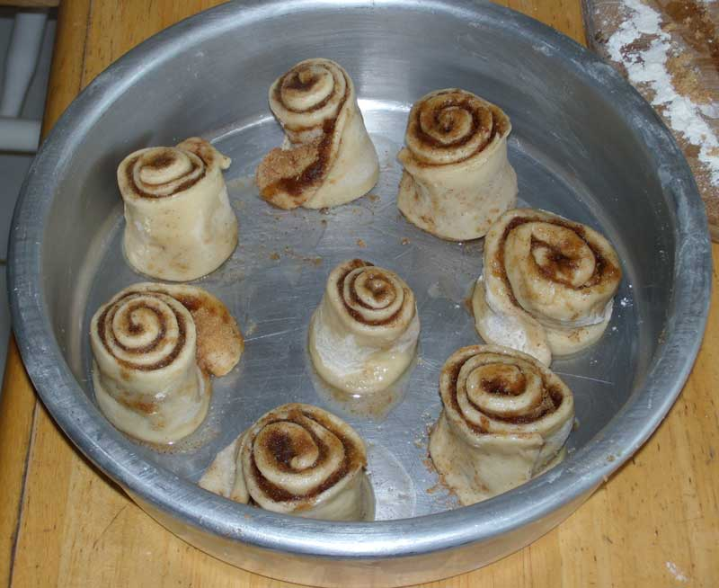 rolls in pan