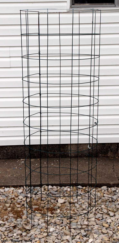 Senior Gardening: Our Tomato Cages