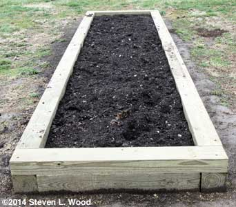 2014 Narrow Raised Bed