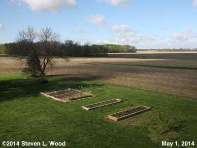 The Senior Garden - May 1, 2014