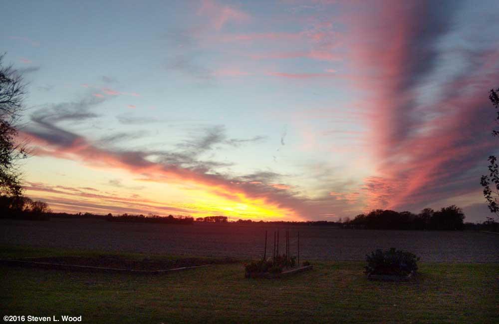 Evening sky, November 11, 2016