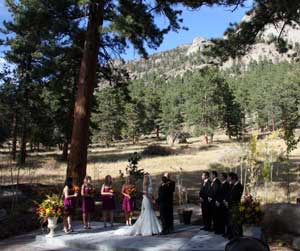 Family wedding in the Rockies