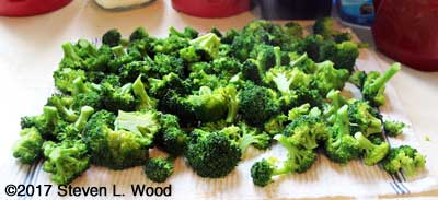 Broccoli drying after blanching