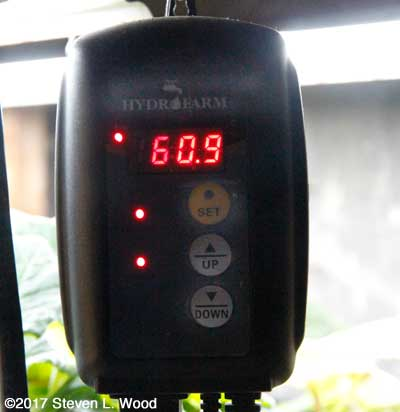 Hydrofarm thermostat