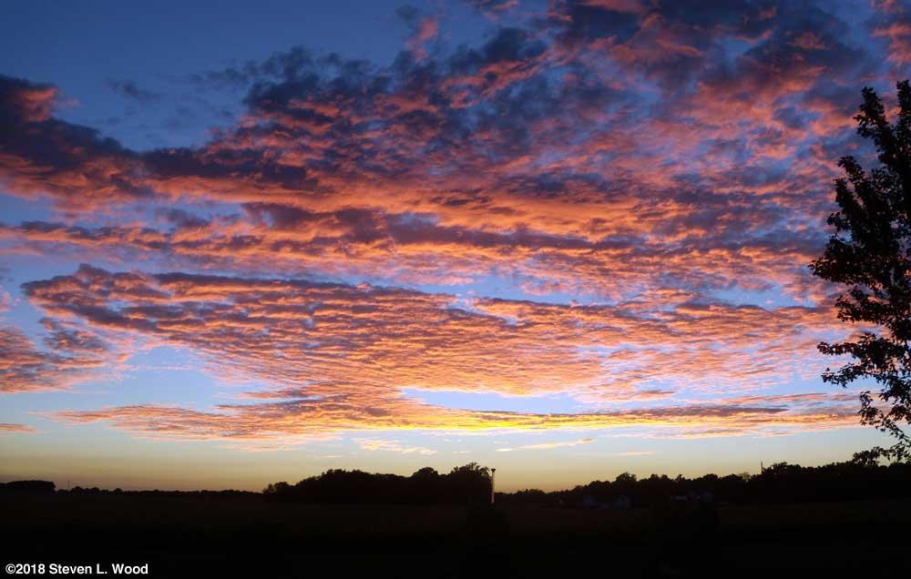 Evening sky - September 16, 2018